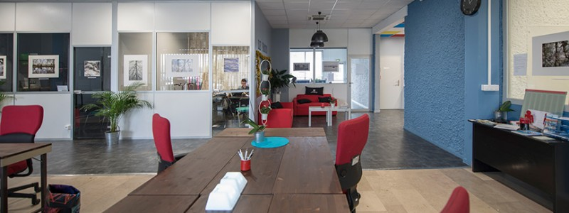 espace_coworking_et_bureaux_ferme_le_patio_coworking_33_le_bouscat